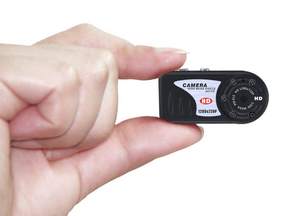 MicroSD память до 32 Гб. Режим веб-камеры. До 2 часов в режиме